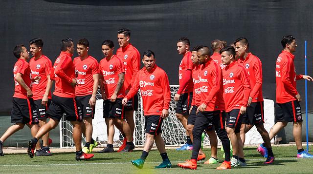 11 jugadores cerca de la suspensión — La 'Roja