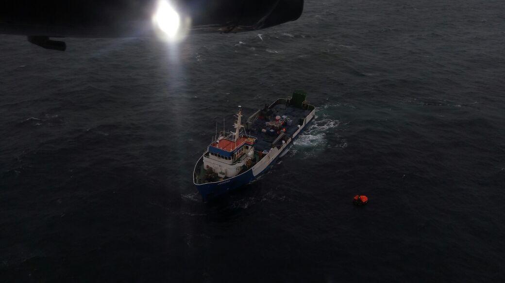 Tres pescadores permanecen desaparecidos tras naufragio de lancha en Golfo de Ancud