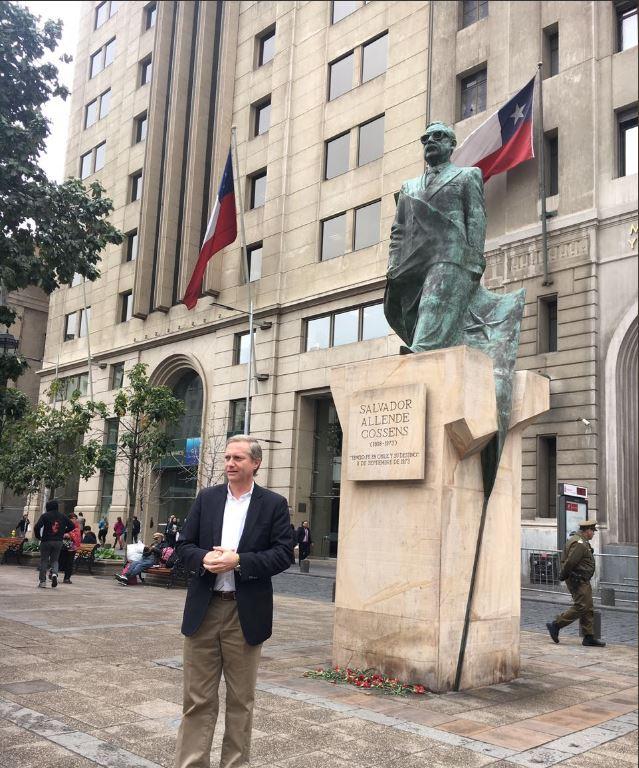 José Antonio Kast propone sacar la estatua de Salvador Allende