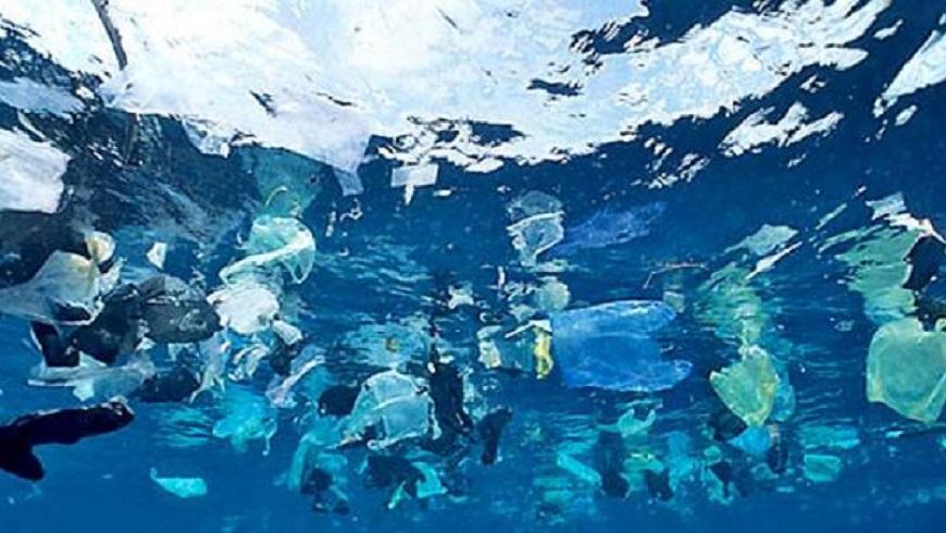 Descubren gigantesca isla de plástico, más grande que México