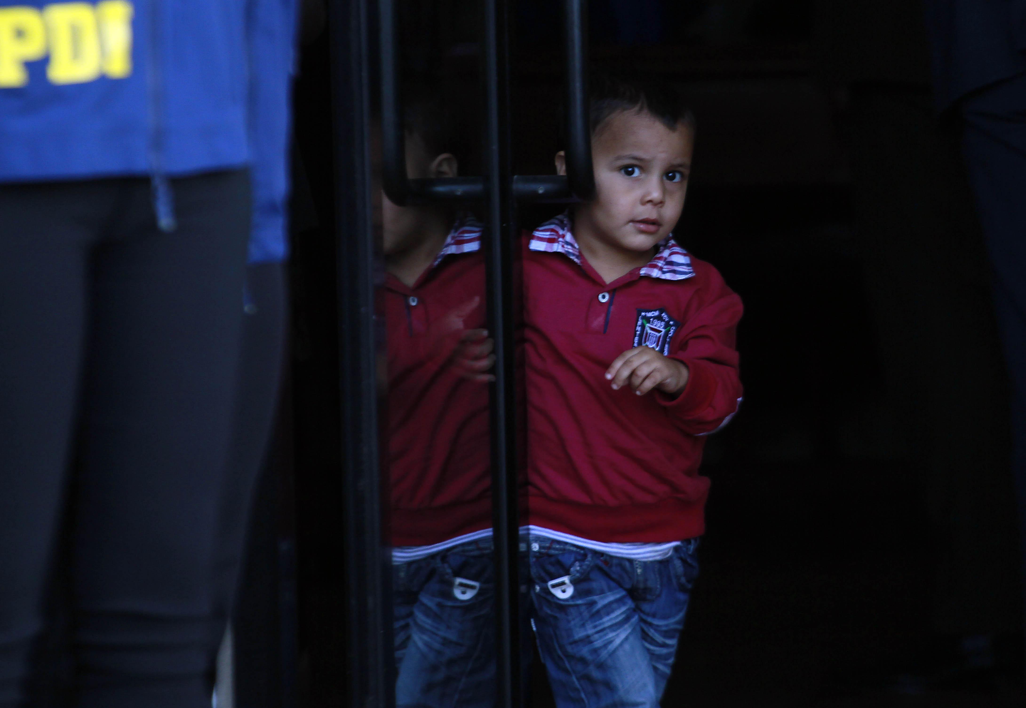 Presidenta Bachelet recibe a 66 refugiados sirios