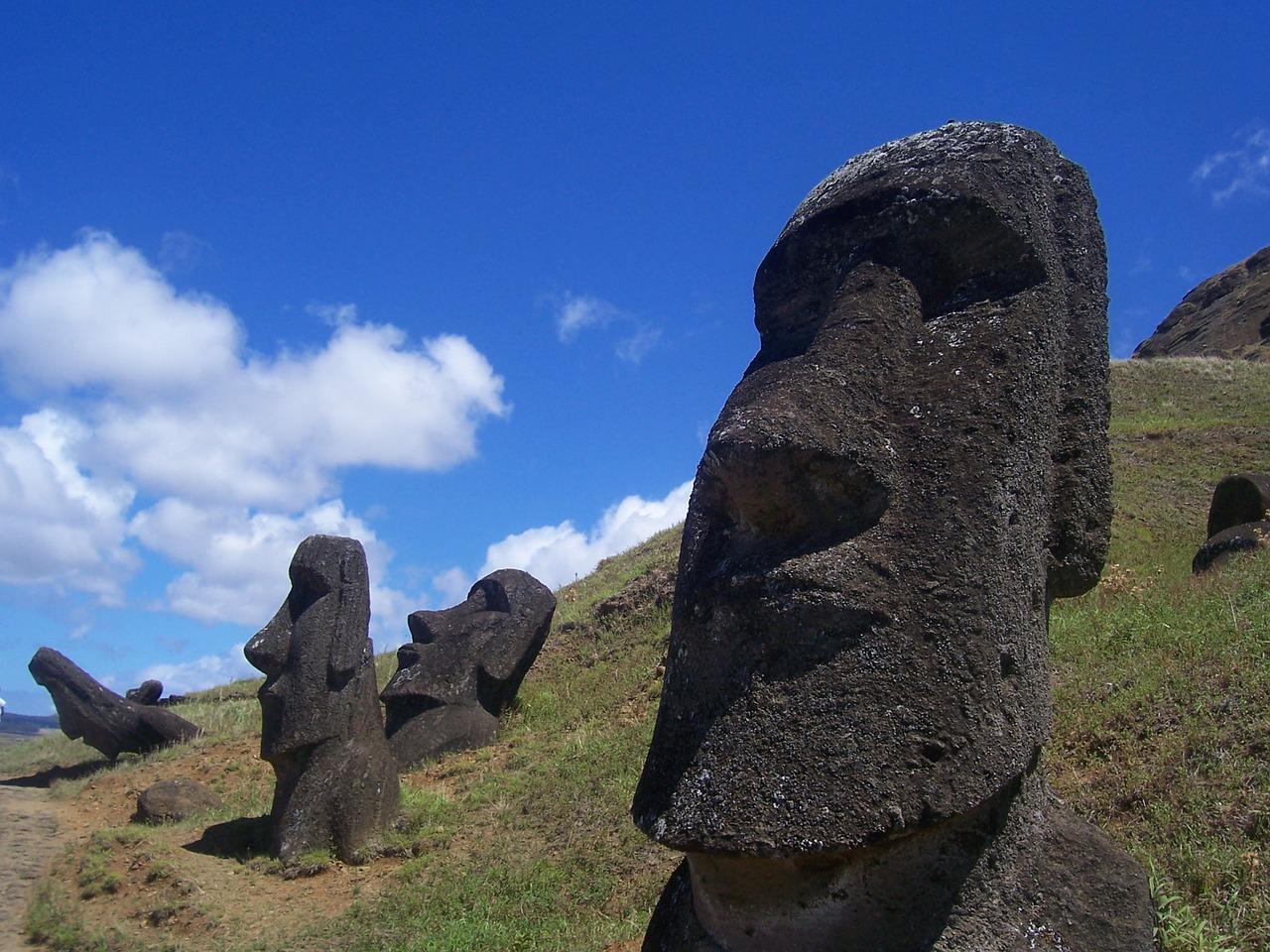 Estudio dice que habitantes de Rapa Nui no tuvieron contacto con sudamericanos antes de la llegada de los europeos