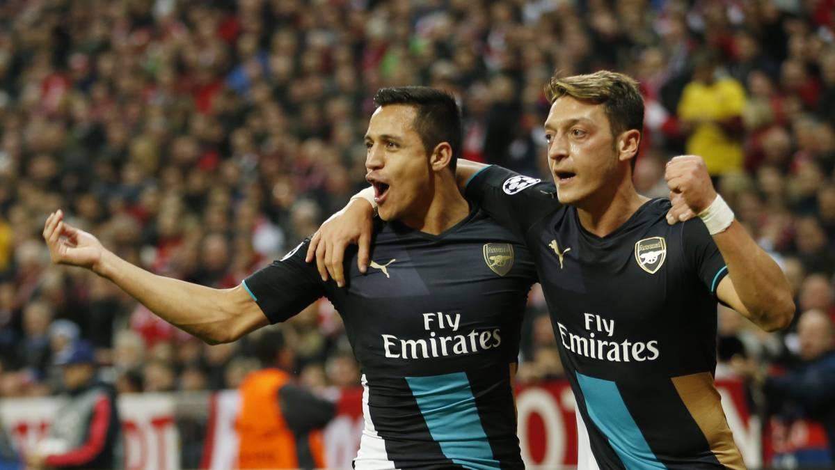 Arsenal insiste en que renovará a Alexis y Ozil