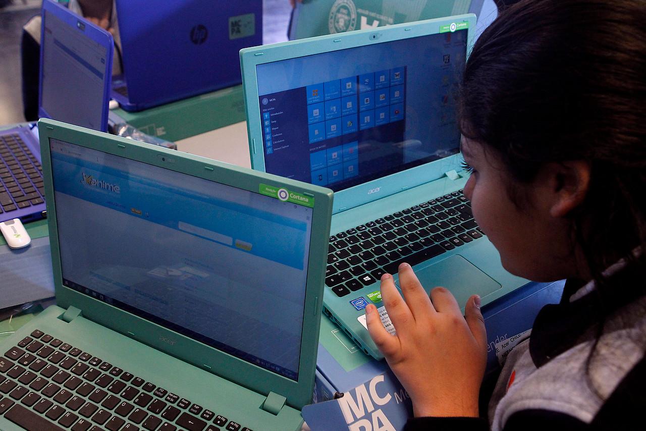 Me conecto para aprender: Escolares ya puede elegir su computador gratuito