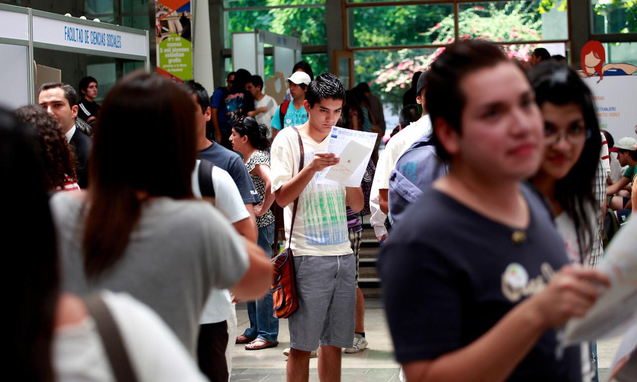 Algunas superan los $3 millones: Las carreras universitarias con mejores sueldos