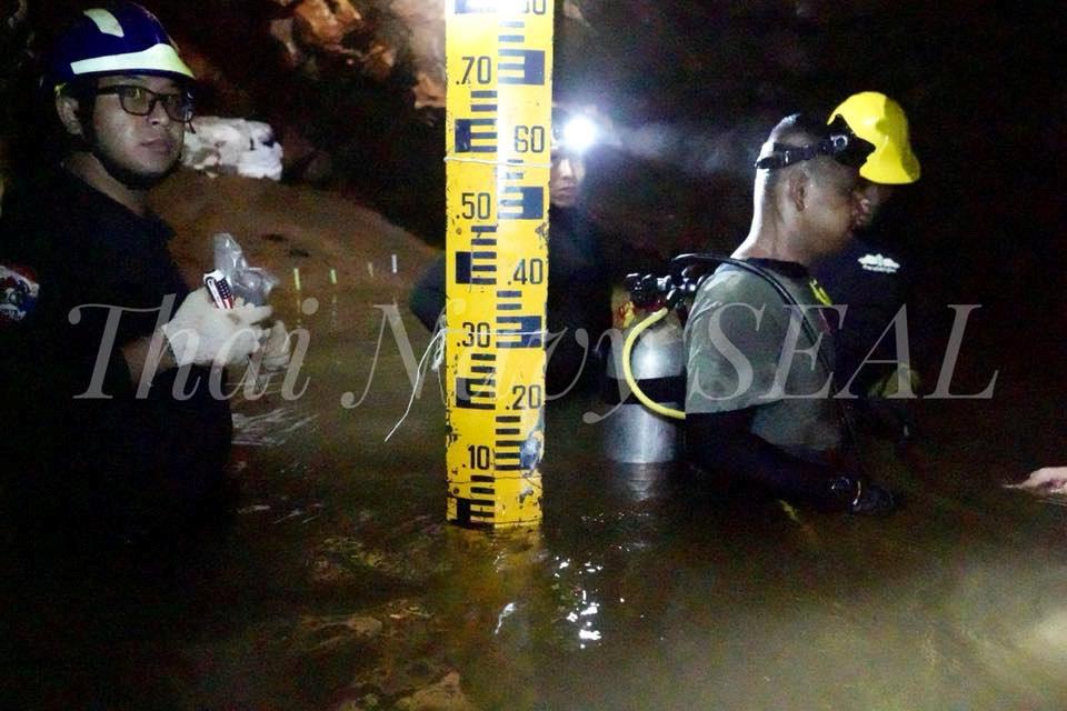 Las 5 opciones para rescatar a los niños atrapados en una cueva en Tailandia