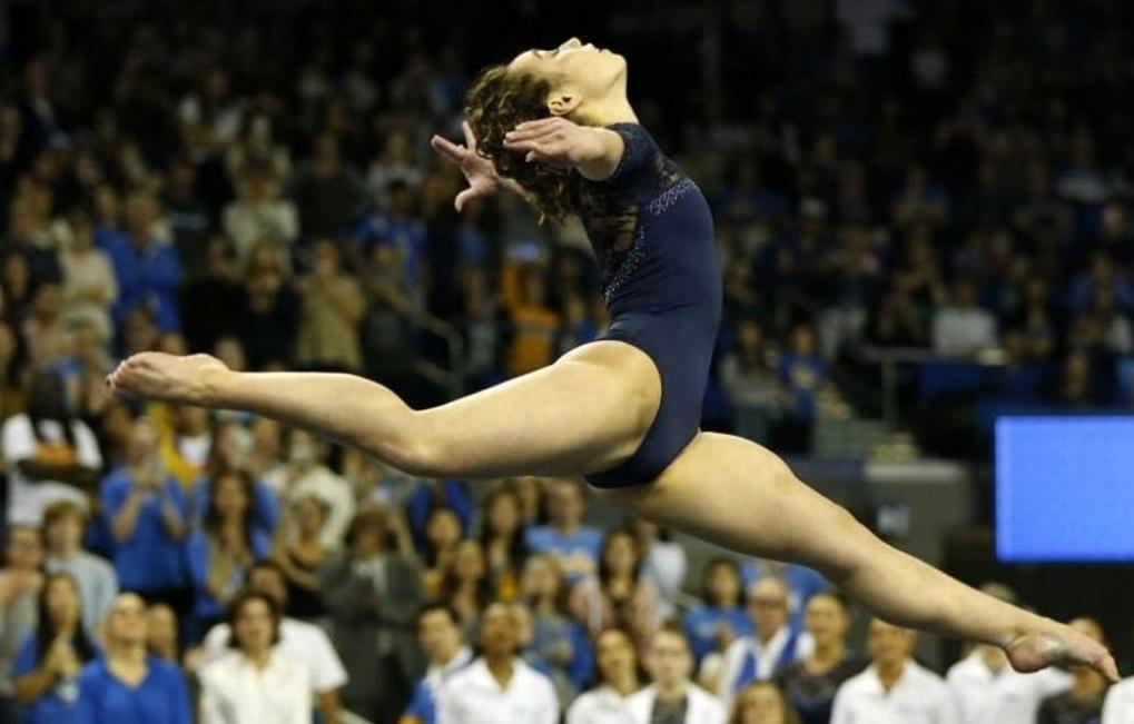 Katelyn Ohashi consigue otra calificación perfecta en gimnasia