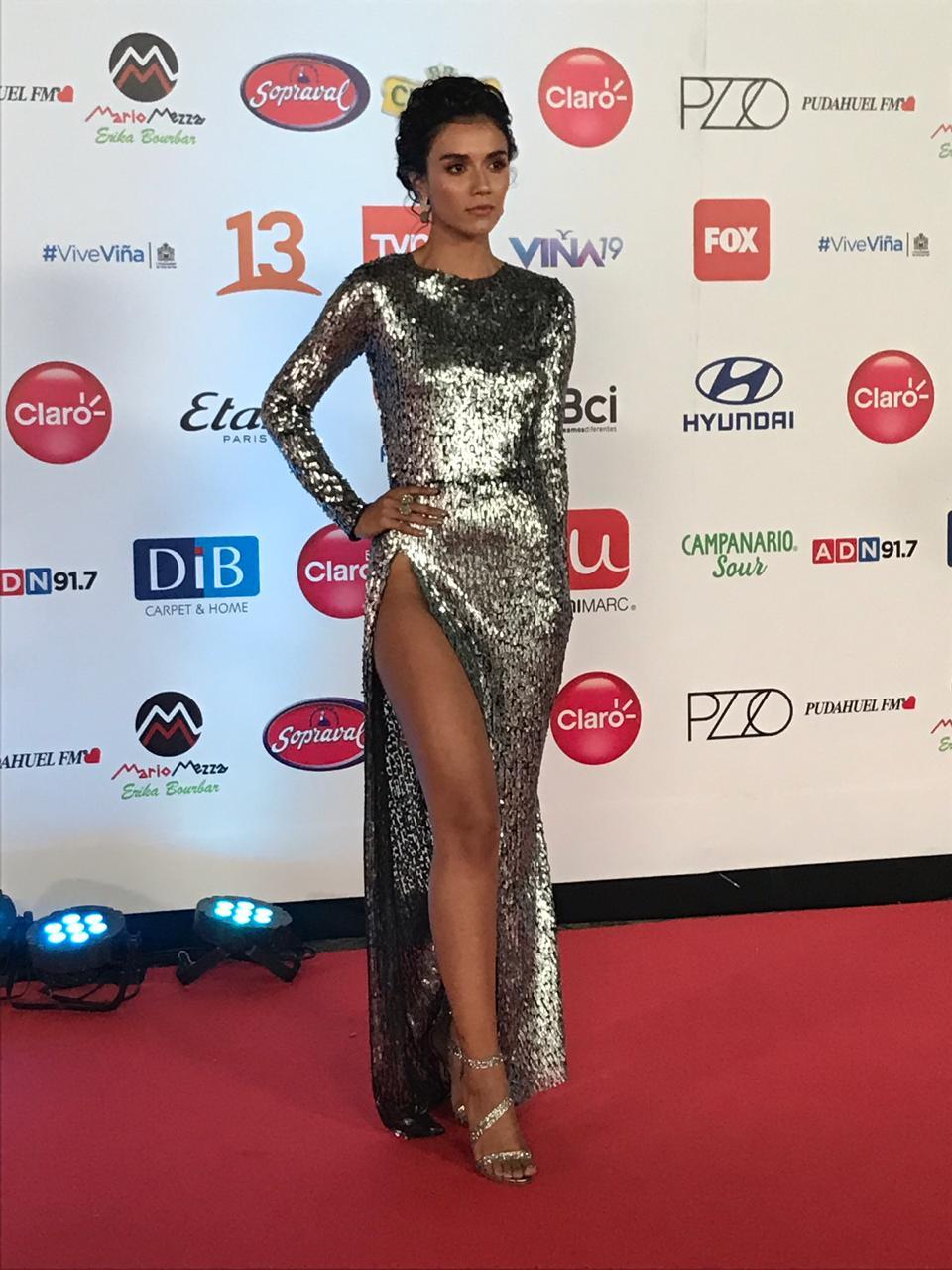 Fotos Gala De Vina 2019 El Recatado Look De Steffi Mendez