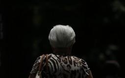 Piden incluir el Alzheimer en listado de patologías AUGE: 200 mil personas la padecen