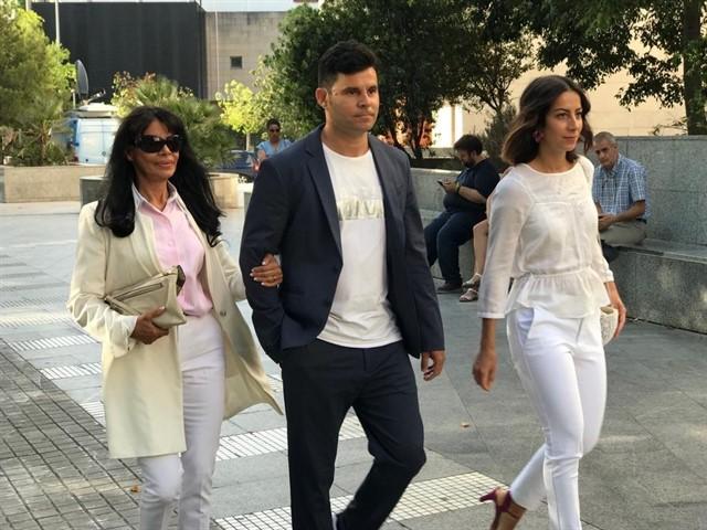 España: fijan sentencia por juicio de presunta paternidad de Julio Iglesias